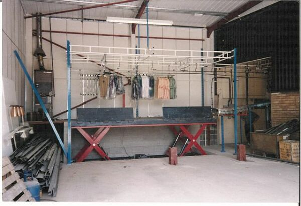 Double horizontal scissor dock lift